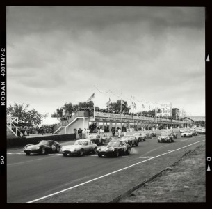 <h5>Goodwood Circuit Revival start</h5>