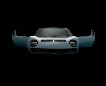 <h5>Lamborghini Muira</h5>