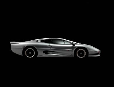<h5>Jaguar XJ220</h5>