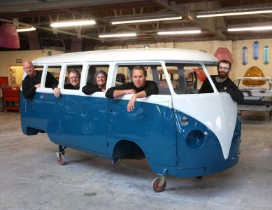 <h5>VW Bus crew</h5>