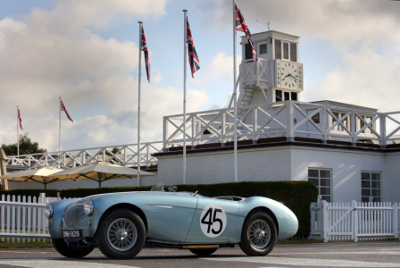 <h5>Austin Healey 100 at Goodwood</h5>