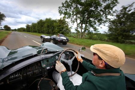 <h5>Aston Martin DB3S vs Jaguar D Type</h5>
