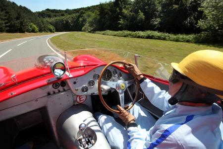 <h5>Ferrari 196 Dino</h5>