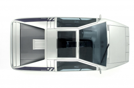 <h5>Maserati Boomerang</h5>